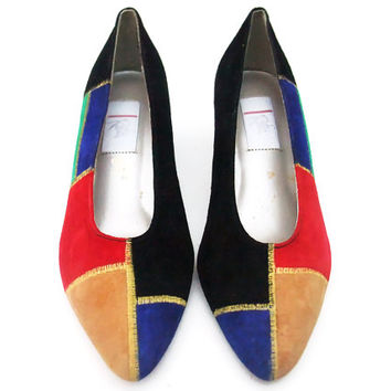 Unworn Vintage 80s Shoes Suede Colorblock Pumps Undershot Chiseled Cuban Heels Colorful Patchwork Pumps NOS size 8B Flexible Sole Shoes