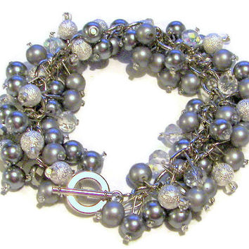 Gray Pearls and Silver Stardust Bracelet with Crystals eb69fd9f868b