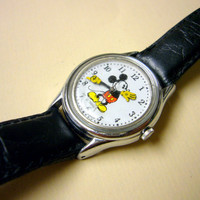 Wrist watch Vintage Wristwatch Mickey Mouse Watch by Lorus womens 1980's Walt Disney Watch Silver Toned