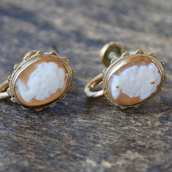 Vintage EMMONS Screw Back Earrings Carved Shell Cameo 1/20 12K Gold Filled Mid Century 1950's // Vintage Designer Costume Jewelry
