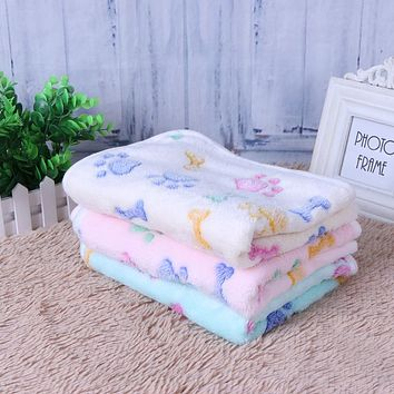 Warm Pet Blanket Dog Cat Sleep Mat Soft Coral Velvet Dog Bone Paw Print Pet Bed Mats Puppy Cushion for Small Dogs
