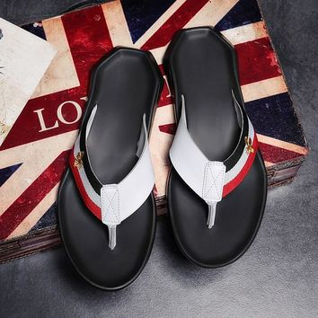 Summer 2018-new anti-skid flip-flops, leather slippers, honeybee men's shoes