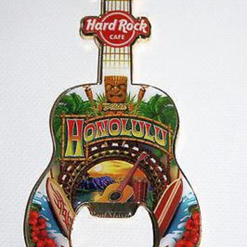 Licensed cool 2013 HONOLULU HAWAII Hard Rock Cafe bottle opener MAGNET GUITAR SURFBOARD TIKI