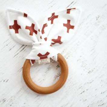 Wooden Teether in Bebe Autumn