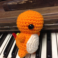Charmander Pokemon amigurumi chibi plush toy