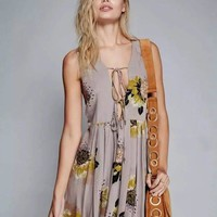 Fashion Back Hollow Flower Print Deep V Strappy Sleeveless Ruffle Doll Shirt Mini Dress
