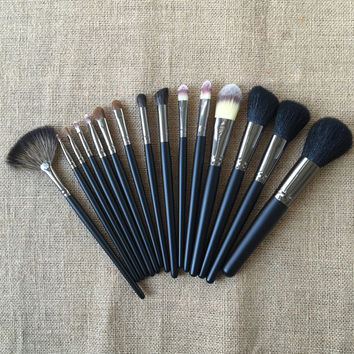 15Pcs Luxury Black Animal Wool Makeup Brush Sets [9647072335]