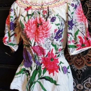 NESLAY PARIS S Artsy Beaded Bright Floral on White Peasant Top Boho Blouse