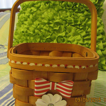 Wooden Basket-Hand Painted-Red and White Accents - Patriotic-Red and White Bow-White Flower With Bling-Flower Girl-Home Decor-Gift-Storage