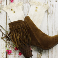 NORDIC LACE button boot socks - ivory