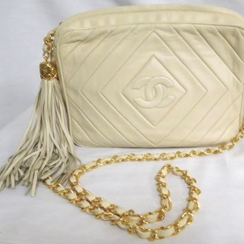 VINTAGE BEIGE CHANEL LAMBSKIN CAMERA BAG LONG TASSEL QUILTED LOGO CC AUTHENTIC