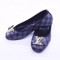 Louis Vuitton LV Women Fashion Pointed Toe Low-heeled Shoes