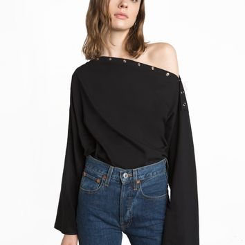 BLACK SHOULDER SNAP BUTTON OVERSIZE TOP