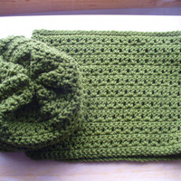 Pretty Green Slouch Hat/Neck Warmer set - FREE COASTER