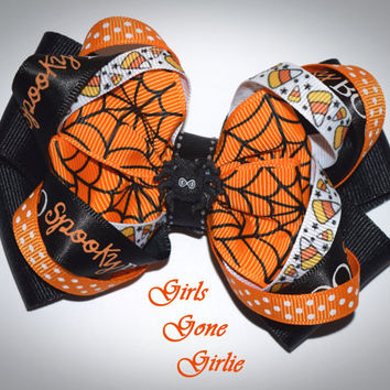 Halloween hair bow , orange and black bow , boutique bow , toddler Halloween bow , baby Halloween bow , spiderweb bow , spider bow