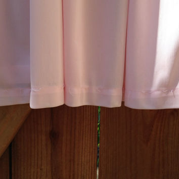 Pretty in pink! Vintage nightie! Circa 1960s/70s. Lacey, sheer, PINK