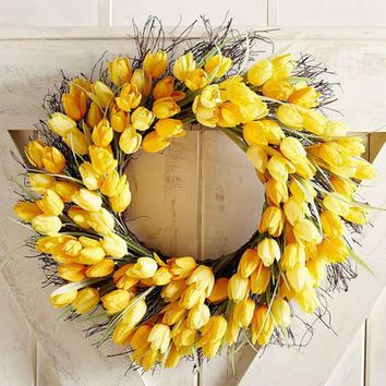 "Faux Yellow Tulip 21"" Wreath"