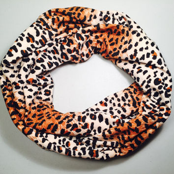 Infinity Scarf, Animal Print Scarf, Leopard Print Scarf, Winter Scarf, Loop Scarf, Circle Scarf, Womens Scarf, Christmas Gift, Accessories