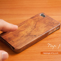 iphone 4 case iphone 4s case , case for Iphone 4 Blackberry mobile Case handmade: Wood pattern( Not real wood )