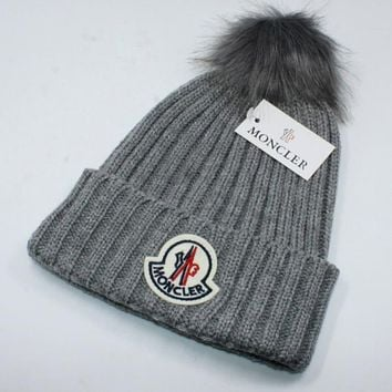 Moncler autumn and winter warm plus ball knit hat wool cap F0908-1 Grey