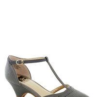 BC Shoes Just Prance Heel in Grey | Mod Retro Vintage Heels | ModCloth.com