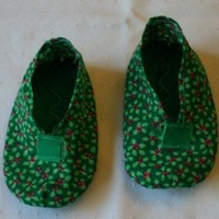 Baby Booties for Christmas in Green with Red Holly Berries and Green leaves with a  Padded Sole