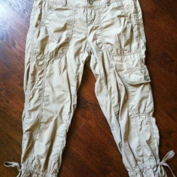 GAP SURPLUS Women's Cotton Cargo Capri Pants 31 x 22 Light Brown Tan Crops sz 2