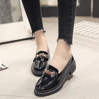 Flats British Style Shoes Women Spring Soft Patent leather Oxfords Flat Heel Casual Shoes Slip-On Womens Shoes Retro Brogues 227