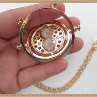 "Harry Potter Inspired Necklace ""The Time-Turner"""
