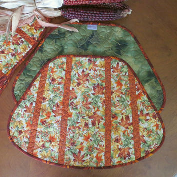 Quilted Autumn Placemats - Fall Leaves and Berries 496