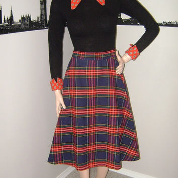 Vintage Tartan Circle Skirt, 50s Plaid Skirt, Red Navy, Rockabilly, Pinup, Mod, School Girl, Retro 60s Fashion, Mad Men, Peggy Olson
