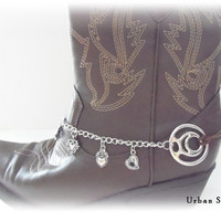 Boot Bracelet, heart charm, cowboy boot accessories, bridesmaids gift