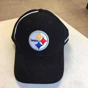 ONETOW BRAND NEW PITTSBURGH STEELERS BLACK REEBOK WHITE STRIPE ADJUSTABLE HAT