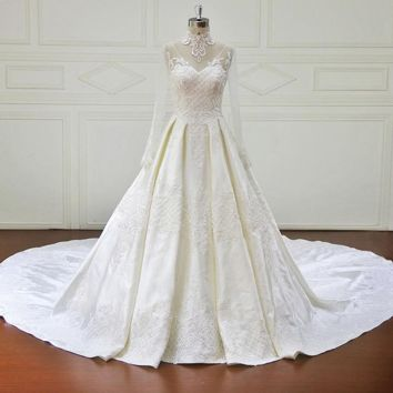 Long Sleeve Princess Wedding Dresses Vintage Appliques Beaded Lace Ball Gown Bridal Gown