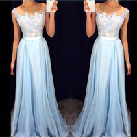 Elegant Applique Chiffon Long Prom Dresses