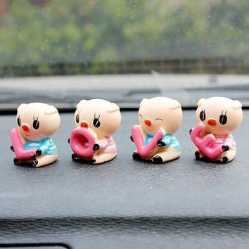 4pcs/lot Resin LOVE Pig Dolls Car Ornaments Cute Lovely Auto Interior Decoration Creative Cartoon Dolls Car Styling Accessories