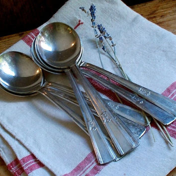 Vintage Silver Soup Spoons - Set of Eight - Silver Plate - Wm. Rogers - Flatware - Silverware Utensils - Cottage Retro Decor