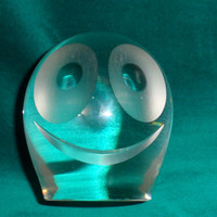 SOLID CRYSTAL Happy Face/Maleras of Sweden or Zwiesel of Germany/Optic Crystal Happy Face Paperweight