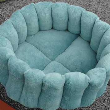 Cat bed, dog bed, 15 inch, round bed, pet bed, green bed, deep bed, cup bed, machine washable, dryer safe, puppy, kitten, kitty, aqua bed