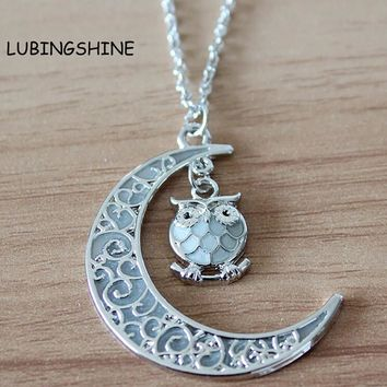 New Moon Owl Glow In The Dark Statement Pendant Necklace Vintage Steampunk Hollow Luminous Necklaces Jewelry For Women JJAL N562
