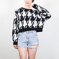 Vintage 80s Sweater Black White Houndstooth Print Cropped Sweater 1980s Sweater Crop Jumper Knit Pullover Cosby Sweater New Wave S M Medium