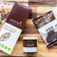 Raw Chocolate Superfood Cereal, Macaroons and Sauce - Vegan Cuts