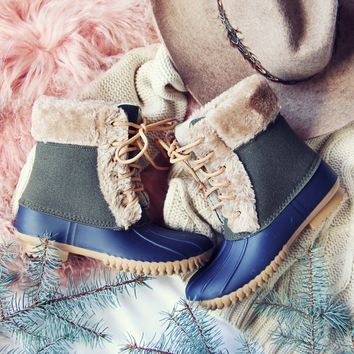 Cozy Up Duck Boot