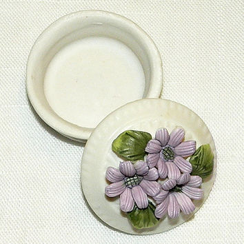 Bisque Trinket Box Floral Lid Lavender Lidded Pot Trinket Box Ring Box Cosmetic Supply Box China