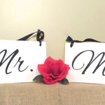 Mr and Mrs Wedding sign set - chair signs - wedding photo prop - sweetheart table