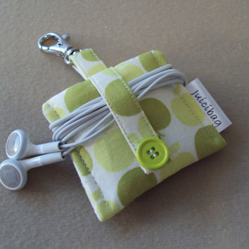 iPod Nano Case / iPod Nano 6th generation Case / iPod shuffle Case READY TO SHIP Apple dot print