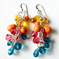 Nostalgic Summer Beachy Sunny Sweet Dangle Earrings Swarovski Crystal and Pearl
