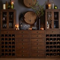 Wallace Wine Bar Suite With Towers