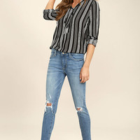 Trend Savvy Medium Wash Distressed Skinny Jeans