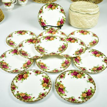 Royal Albert, Old Country Roses Bread / Butter Plates - Set of 12